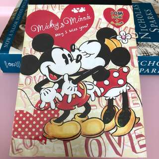 Cute Mickey and Minnie Mouse note pad