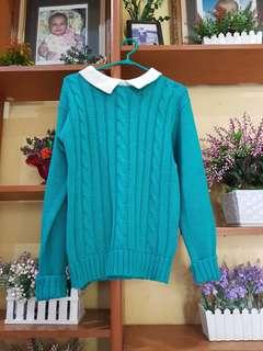 Sweater hijau tosca