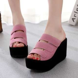 Wedges heel Girls Readystock