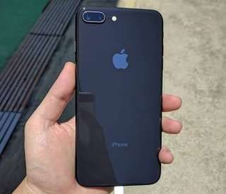 Apple iPhone 8 Plus 64GB Space Gray Garansi Resmi Ibox