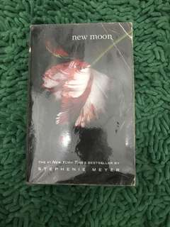 Twilight saga new moon english