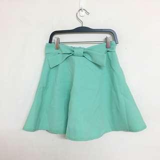 全新 亮綠色短裙