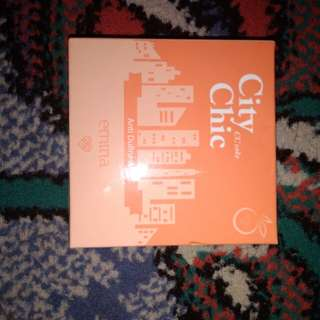 Emina City Chic CC Cake Anti Dullness Shade Peach