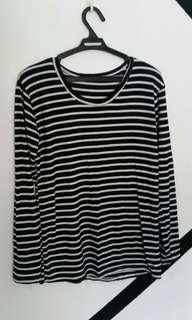 🌸 Black and white stripes longsleeves