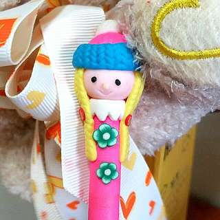 Cute Winter Doll Pen (Pink)