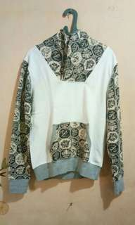Sweater white etnic