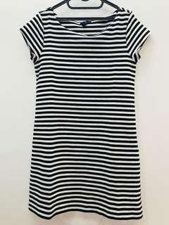 #mausupreme GAP stripe dress bw