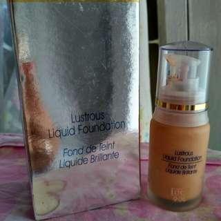 Liquid foundation INEZ