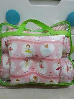 Bantal guling  selimut bayi