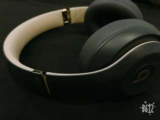 Beats studio 3 wireless overear headphone - shadow grey
