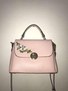 Enji by Palomino PINK sling Bag