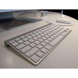 Genuine Apple QWERTY bluetooth keyboard