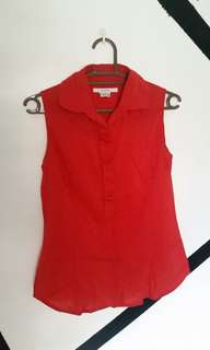🌸 Sleeveless red polo / blouse
