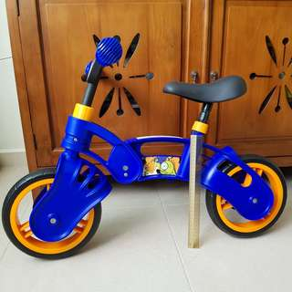 Balance bike (pre-loved but hardly used! Great condition!)
