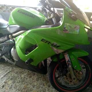 Motorsikal Kawasaki Er6F