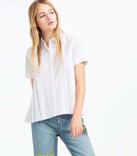 Zara size S pleated white short
