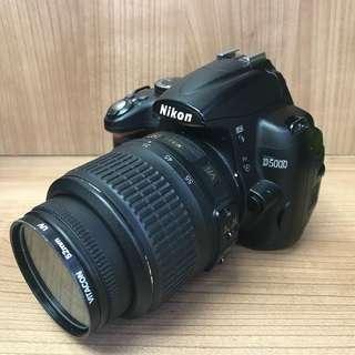 Nikon D5000 連18-55mm 3.5-5.6