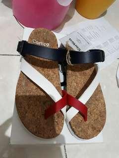Sandal cortica 3 warna. 36