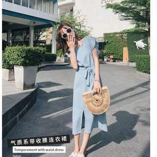 EE小舖~KTY6583#無袖女新款氣質繫帶收腰開叉連衣裙