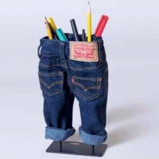 Levi's限量版迷你牛仔褲造型筆筒