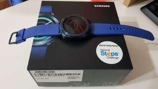 Samsung gear sport in blue