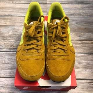 Nike Internationalist W's