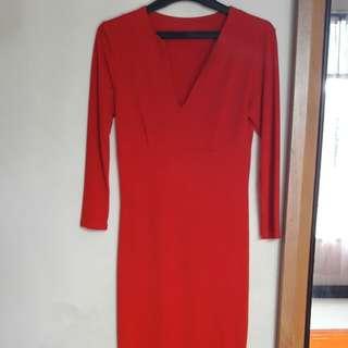 Dress Merah Lengan Panjang