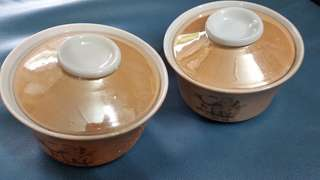 Nice bowl with lids (2 sets)