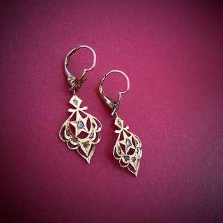 Intan earrings