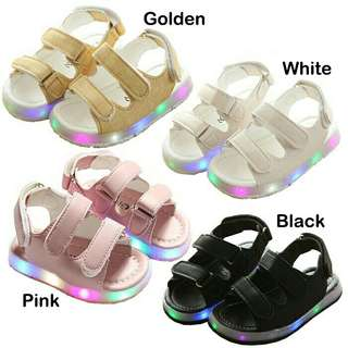 *FREE DELIVERY to WM only / Ready stock* Kids flash light shoes each pair as shown in design/color white / gold 27, blk 23 24 24, pink 23.  Free delivery is applied for this item.
