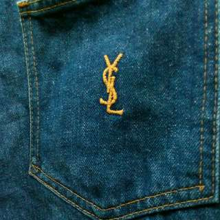 Yves Saint Laurent (blue jeans)