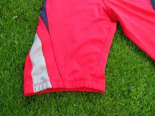 Celana olahraga,  renang dan bersepeda