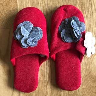 Bedroom Slippers (28 pairs)
