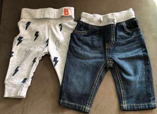 Baby Apparels (30 Assorted Brand New Jumpers, pants, tops, socks, mitten)