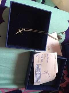 Kalung salib swarovski bisa nego!