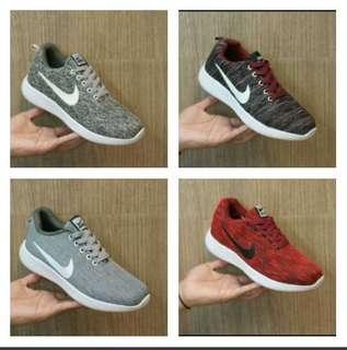 Sepatu Sneakers Pria Nike Air Force One