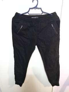 Penshoppe black jogger pants