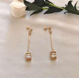 Joli cristaux earrings