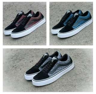 Sepatu Sneakers Pria Vans Oldschool SK8