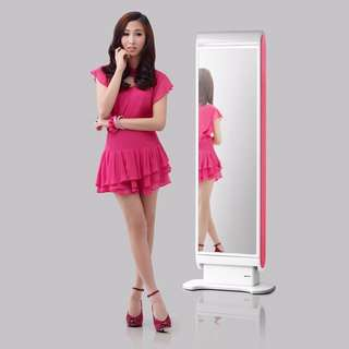 KOREA's best-selling makeup vanity for small houses