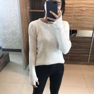 Knitwear (Sweater)