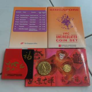 1992 Singapore Lunar Year of Monkey Unc $10 Coin, Coin Set & Hongbao Pack