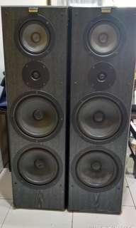 Speaker Jamo Floorstand