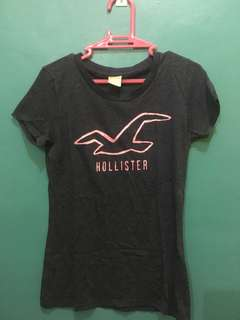 Hollister top