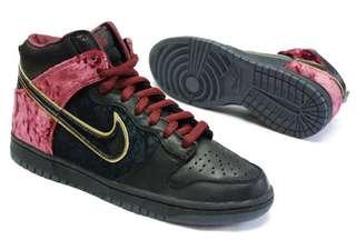 "Nike High Dunk Premium sb ""Bloody Sunday"""