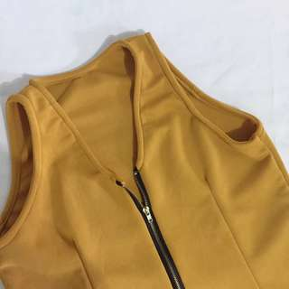 Mustard zipped-up front top