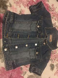 Kemeja jeans gantung