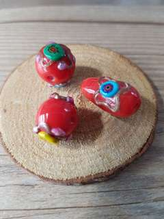 Assorted lampswork glass beads