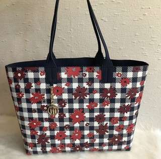 Tommy Hilfiger Reversible Totes