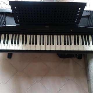 (PRICE REDUCED) Yamaha YPP-55 Electronic Keyboard FAST DEAL @$380